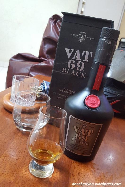 review-vat-69-black