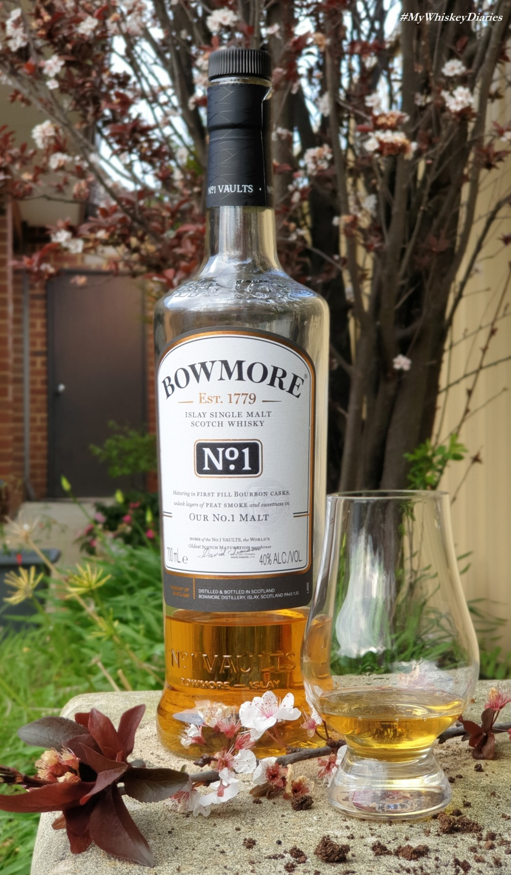 Review Bowmore No 1